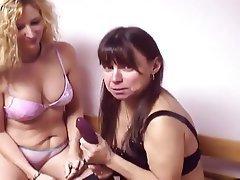 Lesbian, Midget, Strapon