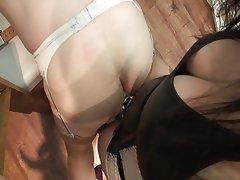 Anal seks, BDSM, Kadin egemenligini, Yapay