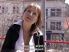 Sert seks, Сüceler, Eski ve genç