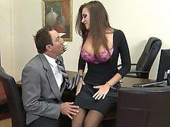 Brünette, Büro, Grosse Tits, Boobs