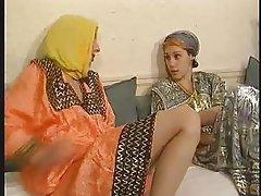 Amateur, Lesbisch, Selbstbefriedigung, Arabisch