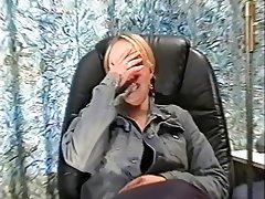 Blonde, Nerd, Masturbation