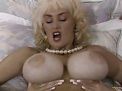 Anal seks, Büyük göğüsler, Lezbiyenler, Сüceler