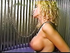 Kadin egemenligini, Grup seks, Lezbiyenler, Yapay