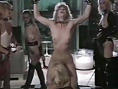 BDSM, Femdom, Gruppensex, Lesbisch